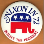 Nixon 17J - Nixon '72 Re-Elect The President  Campaign Button