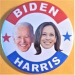 D2020 22E  -  Biden  Harris  Campaign Button